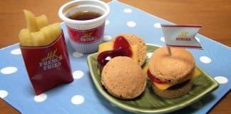 mini burger and fries set